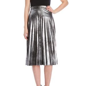 NWT ROMEO +JULIET COUTURE PLEATED MIDI SKIRT SZ M